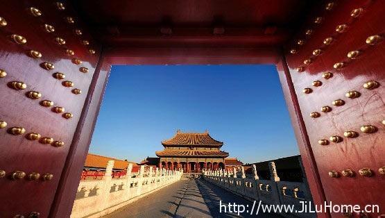 《当卢浮宫遇见紫禁城 When The Lou Meets The Forbidden City》