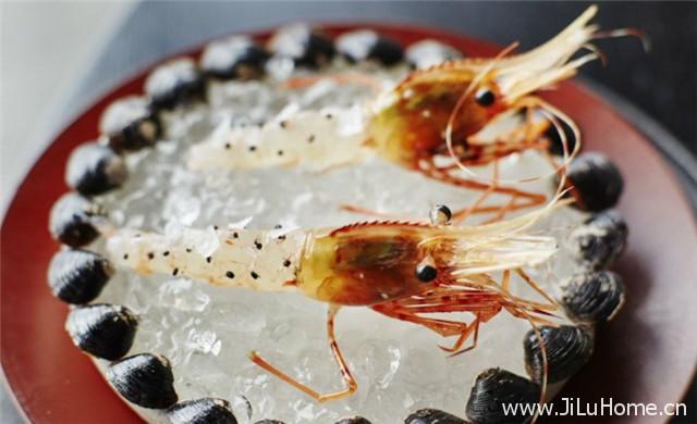 《虾上蚂蚁 Ants on a Shrimp (2016)》