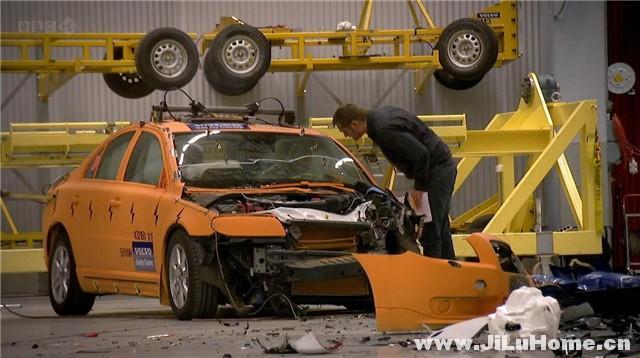 《如何在车祸中生存 Surviving a Car Crash (2011)》
